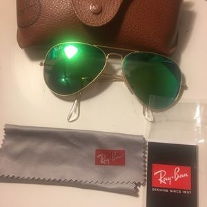 Ray-Ban Green Flash Aviators